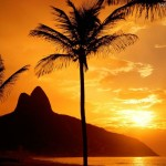 tramonto sulla spiaggia di Ipanema a Rio